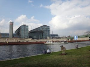 Guided Berlin Architectural walking and boat tour