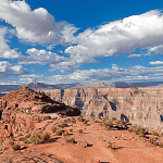 Grand Canyon Adventure with Skywalk by Helicopter