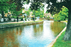 Oxford, Stratford on Avon, Cotswolds and Warwick Castle Coach Tour