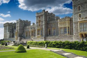 Windsor, Oxford & Stonehenge Coach Tour